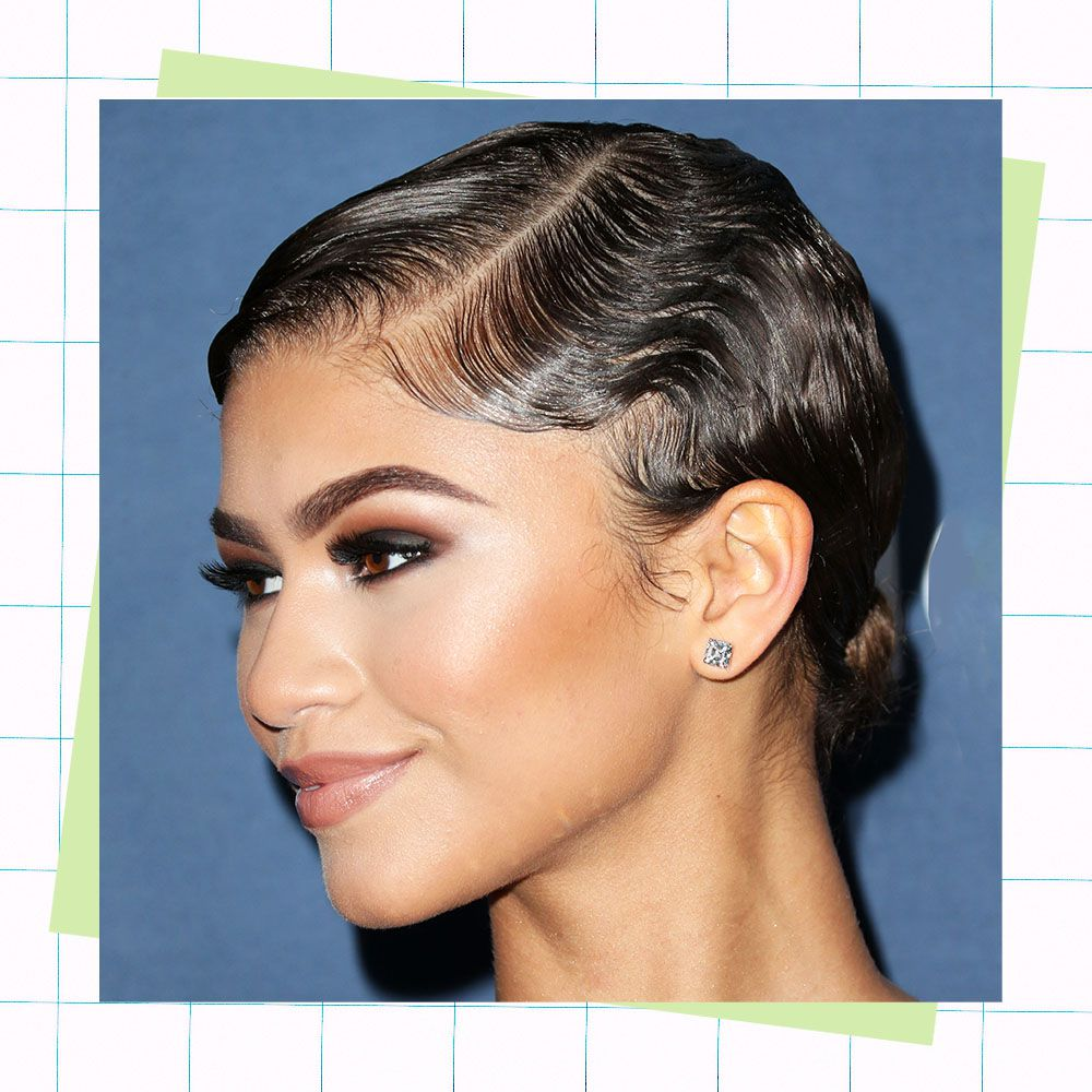 A Step-by-Step Guide to Creating Finger Waves