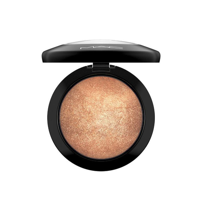 MAC Mineralize Skinfinish - Lightscapade.