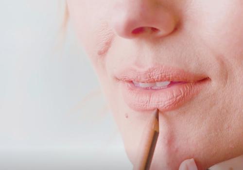 katie jane hughes fuller lips tutorial