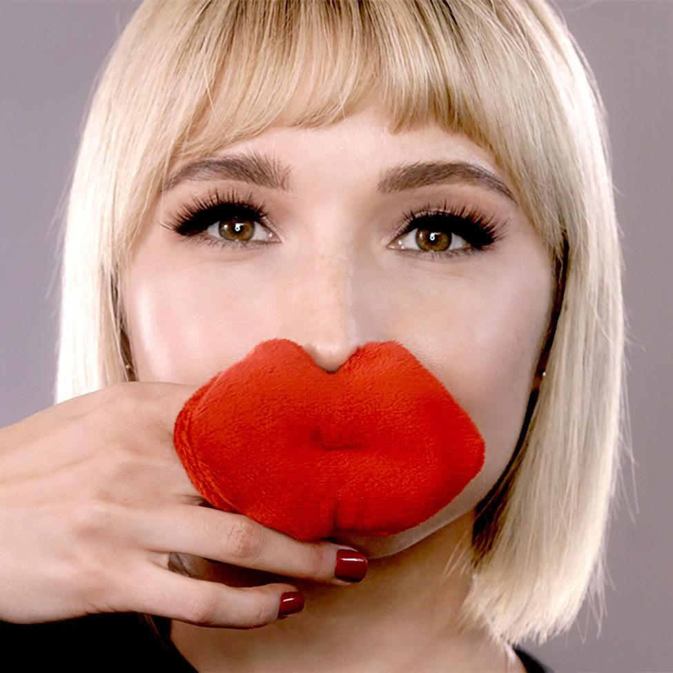 Take My Face Off Vlada's Mitty Pout Reusable Lip Cleanser