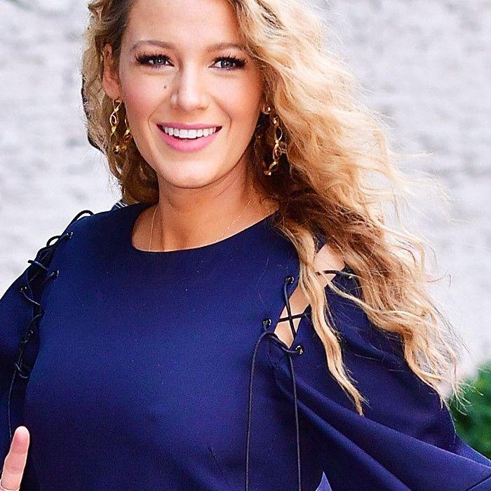 Blake Lively Hair: Super '80s curls