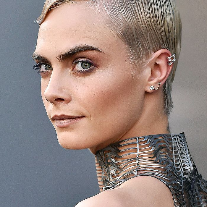 Cara Delevingne short hair