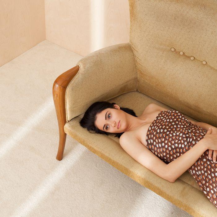 body ballancer review; Woman lying down