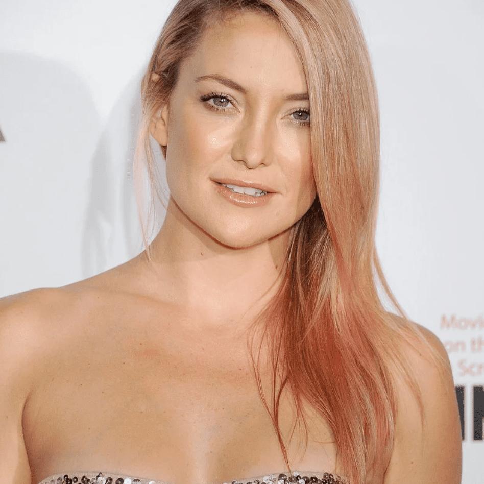 Kate Hudson rose gold hair