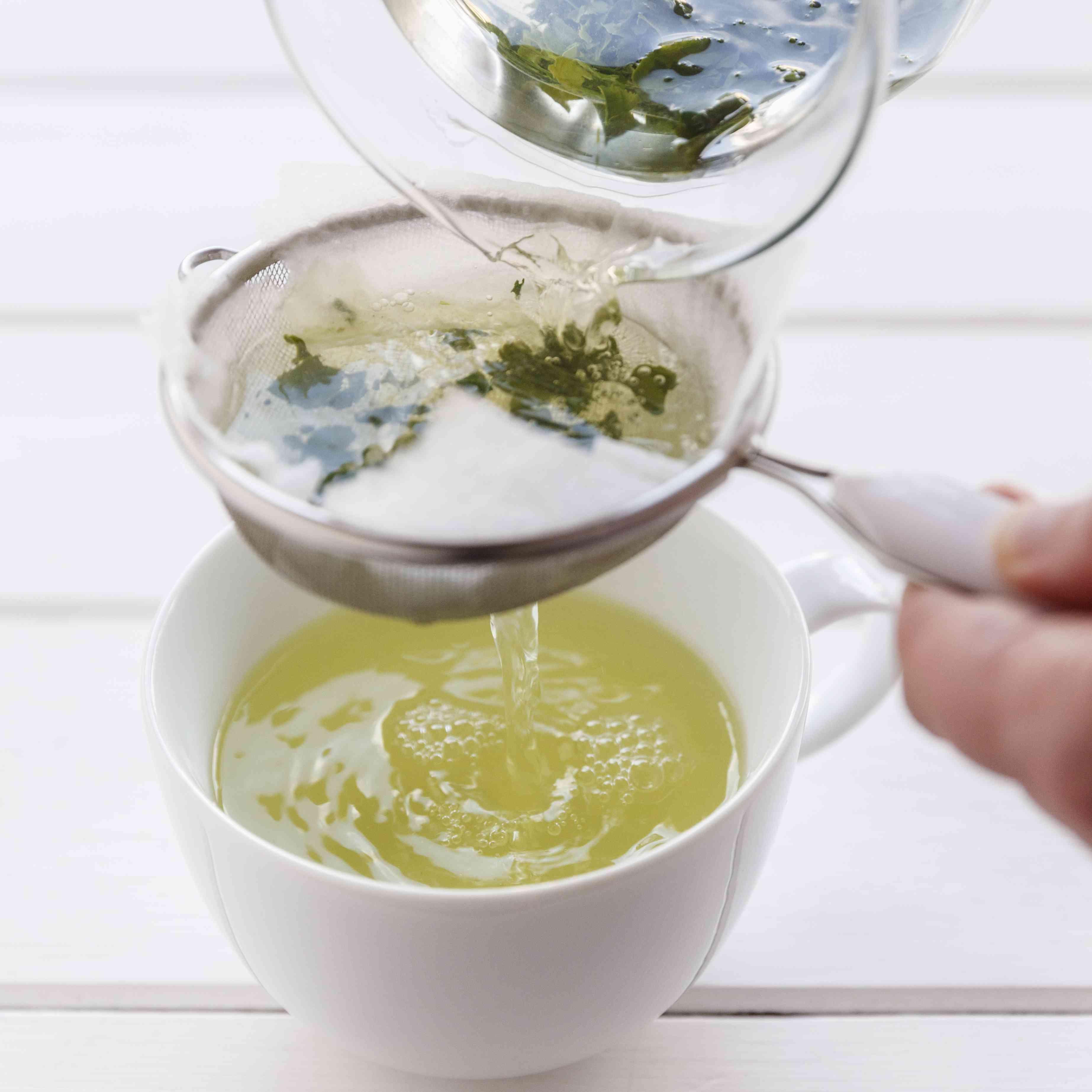 Preparation of green tea