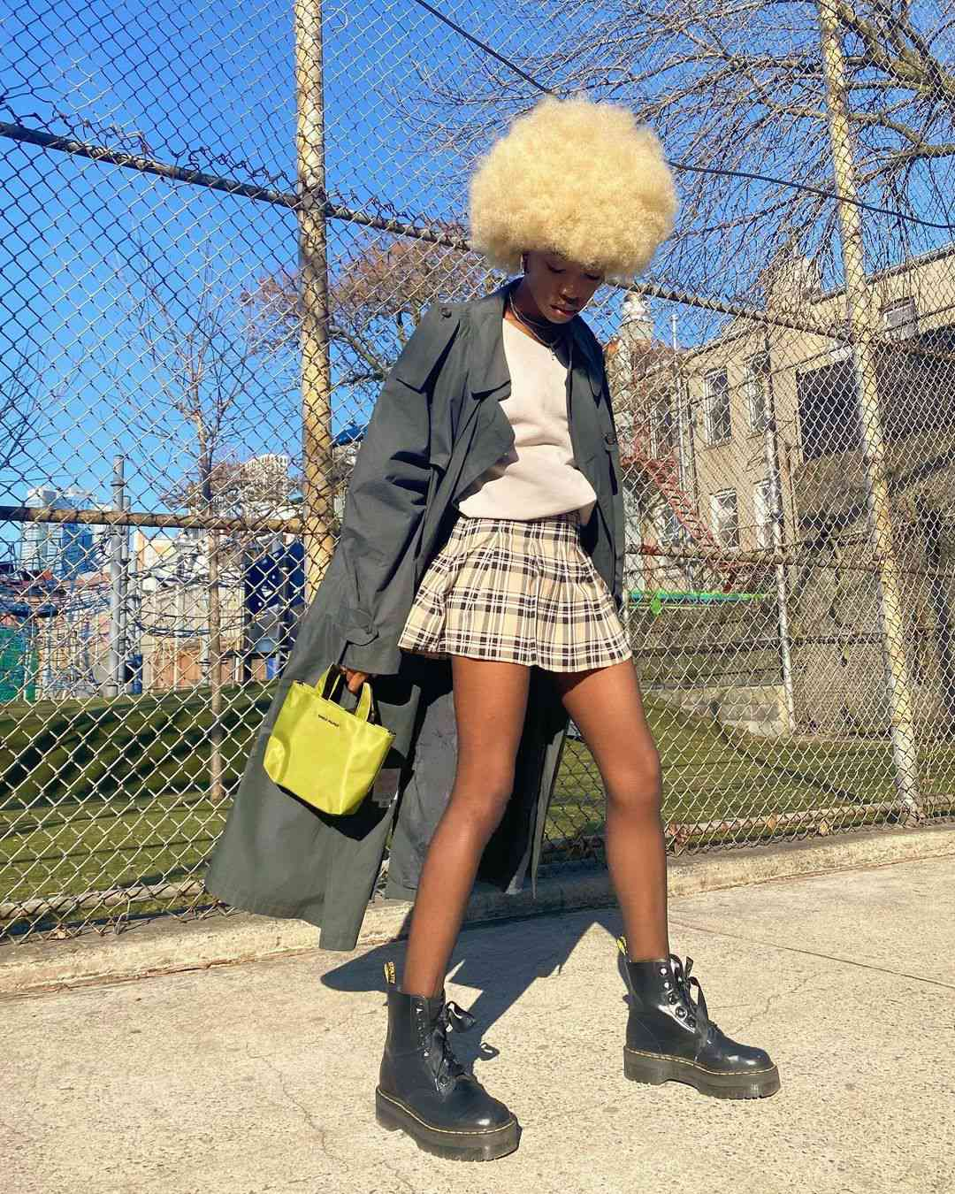 Dr. Martens Outfits Tennis Street Style