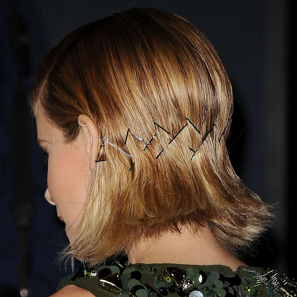 Kate Mara bobby pin design hairstyle