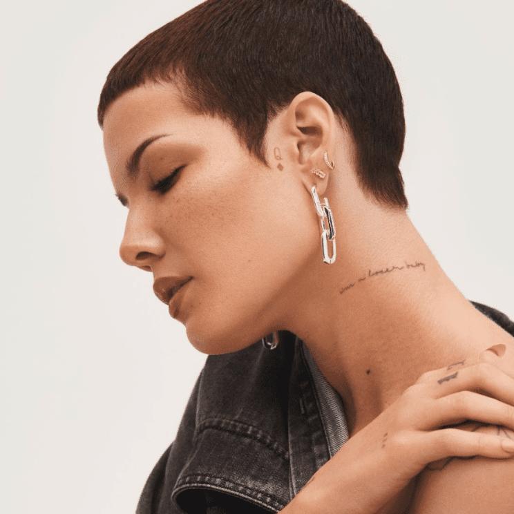 Halsey neck tattoo