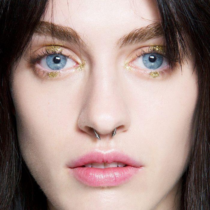 best-eye-shadows-for-blue-eyes