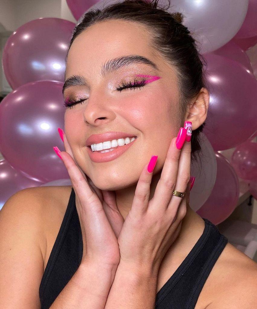 Addison Rae in pink eyeliner