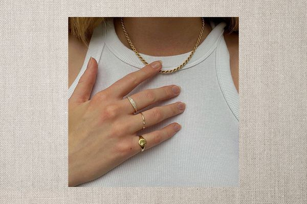 How to Maintain Gold-Plated Jewelry