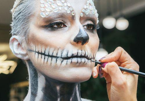Scary Glam Halloween