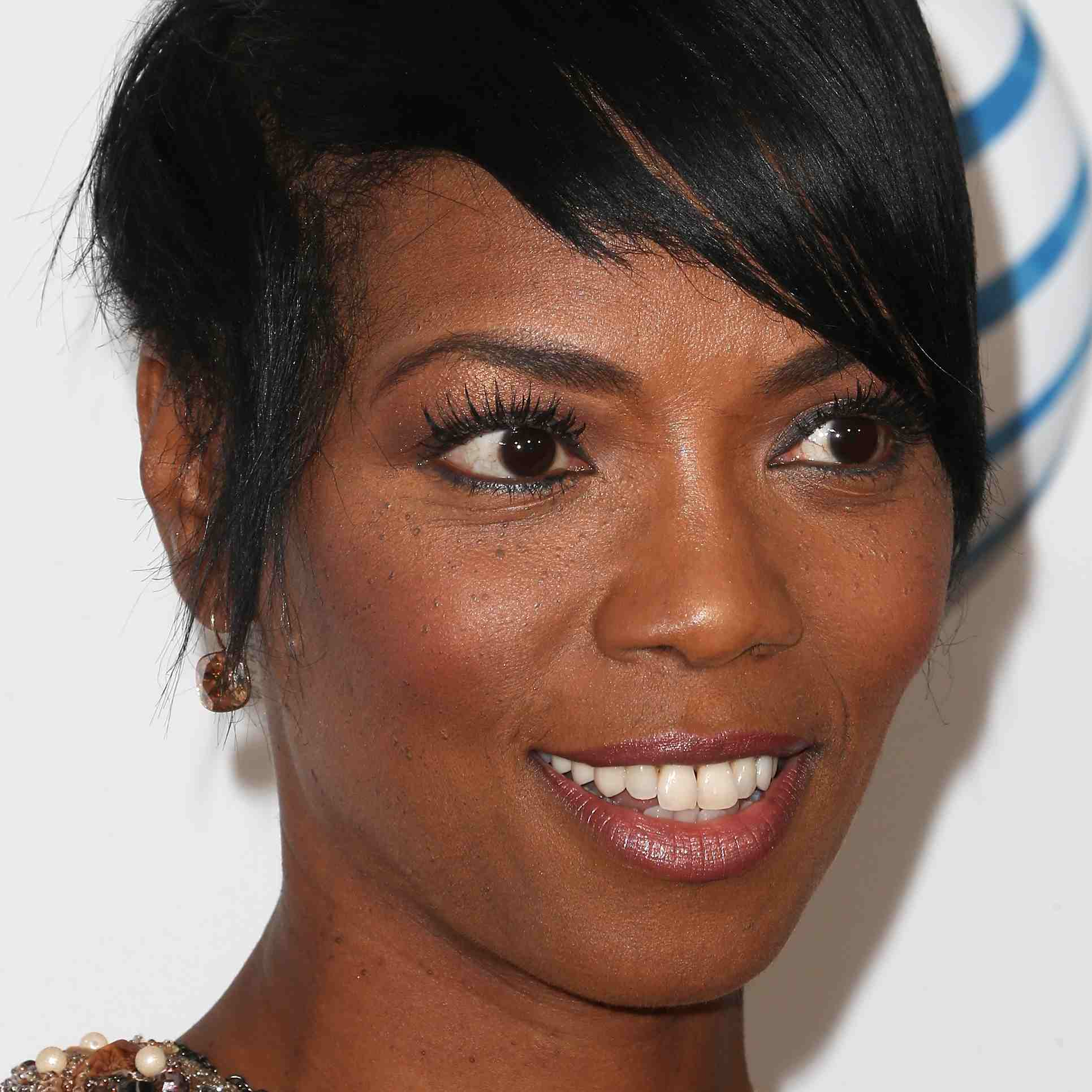 black celebrities with short hair: a gallery