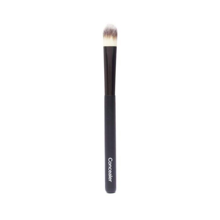 best makeup brushes: No7 Concealer Brush