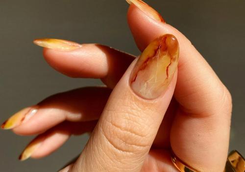citrine geode manicure