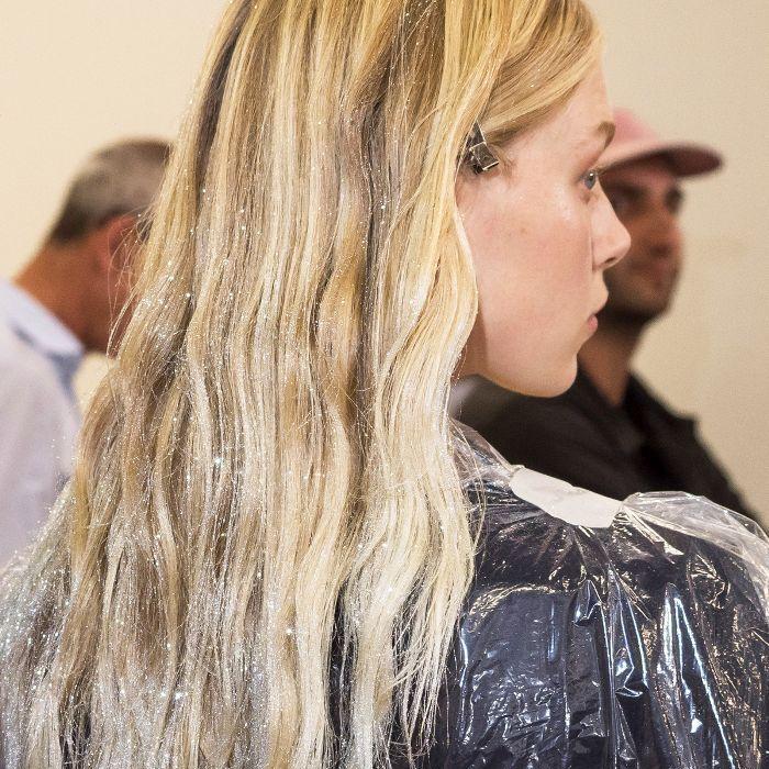 hair glitter ideas: Giambattista Valli S/S 19