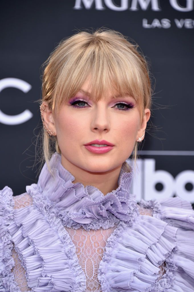 Taylor Swift with bangs
