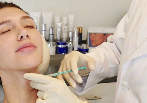 Tanya Akim getting neck Botox