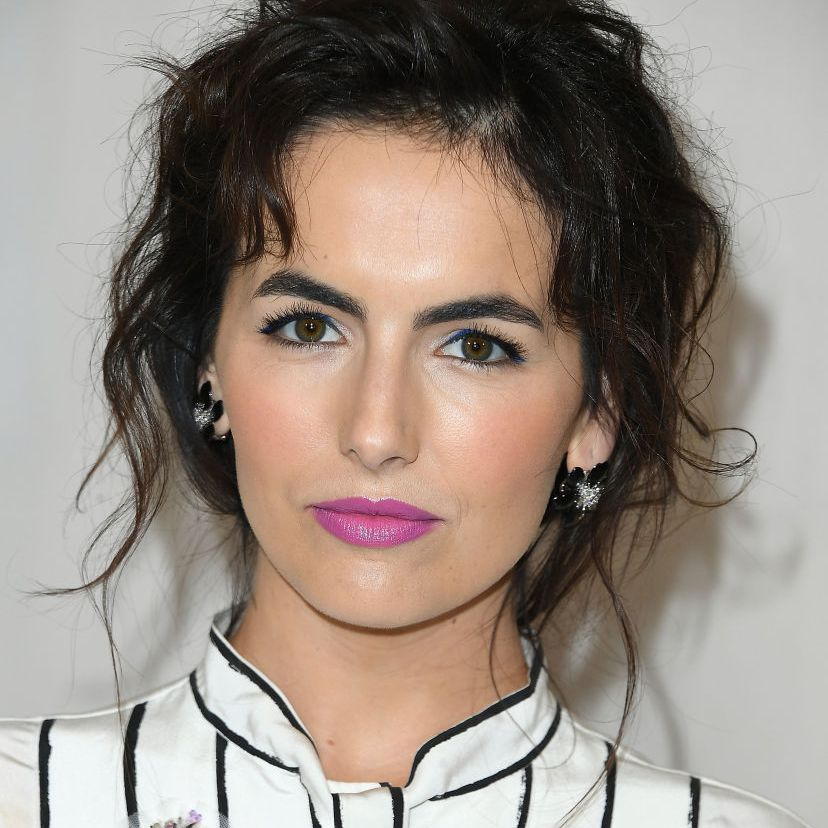 Camilla Belle mussy, tousled hair
