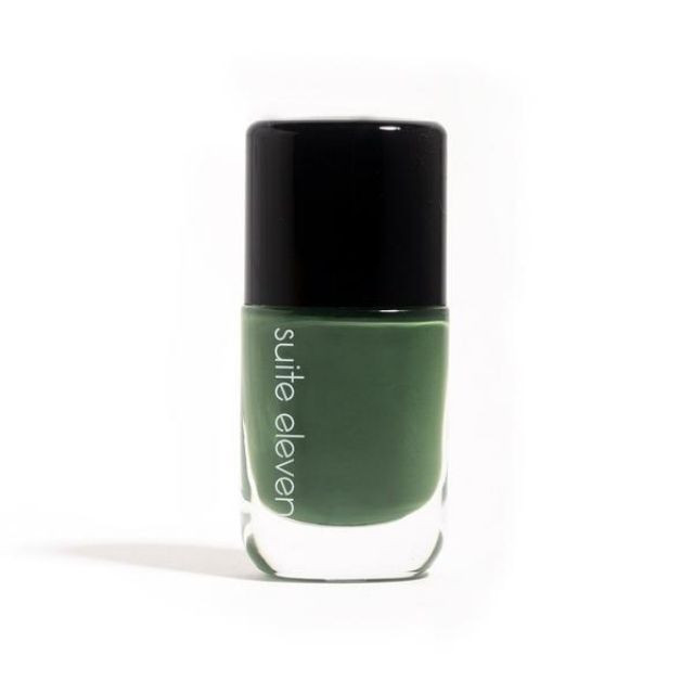 Suite Eleven Nail Lacquer in Mud on the Leaves