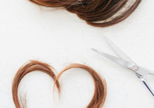 hair in the shape of a heart