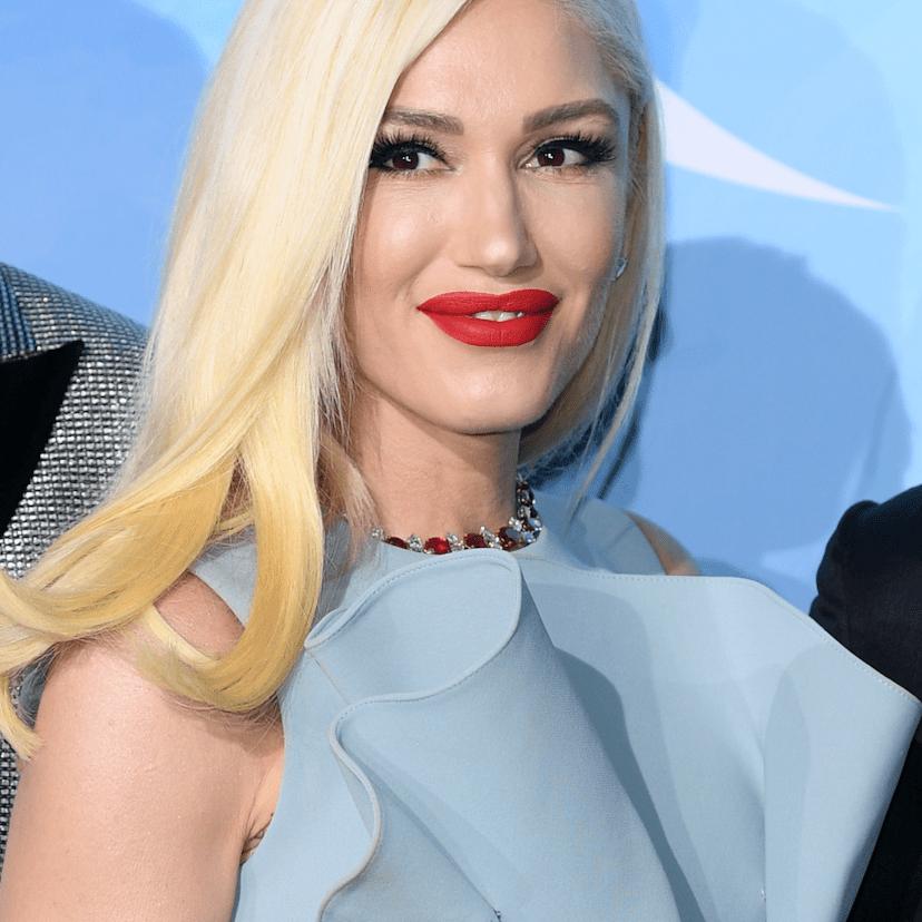 Gwen Stefani platinum hair