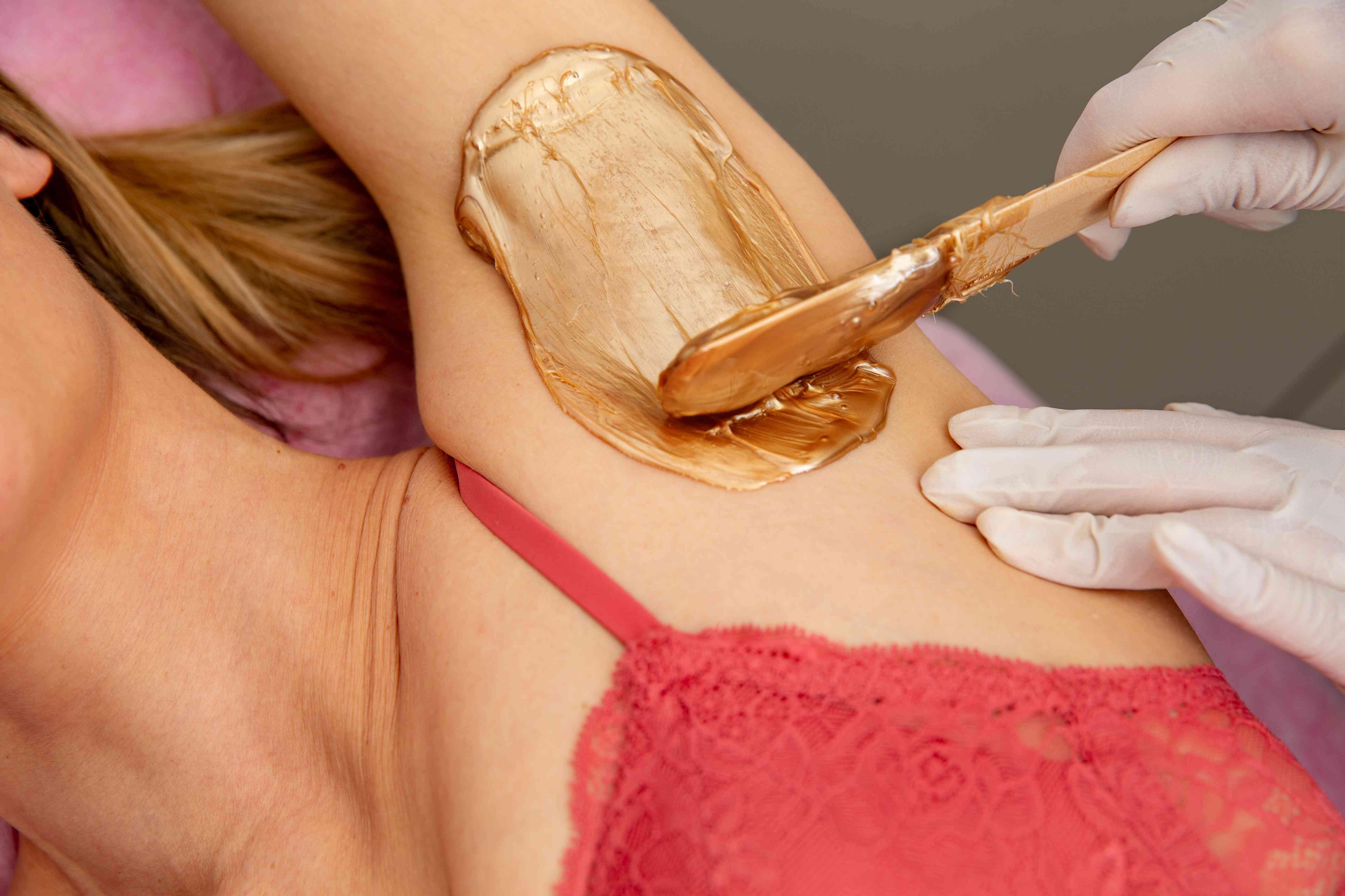 How Long Does Waxing Last? An Esthetician Explains