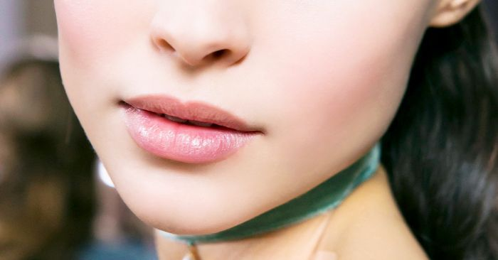 This Is How I Make My Lips Look Larger (No Injections Required)