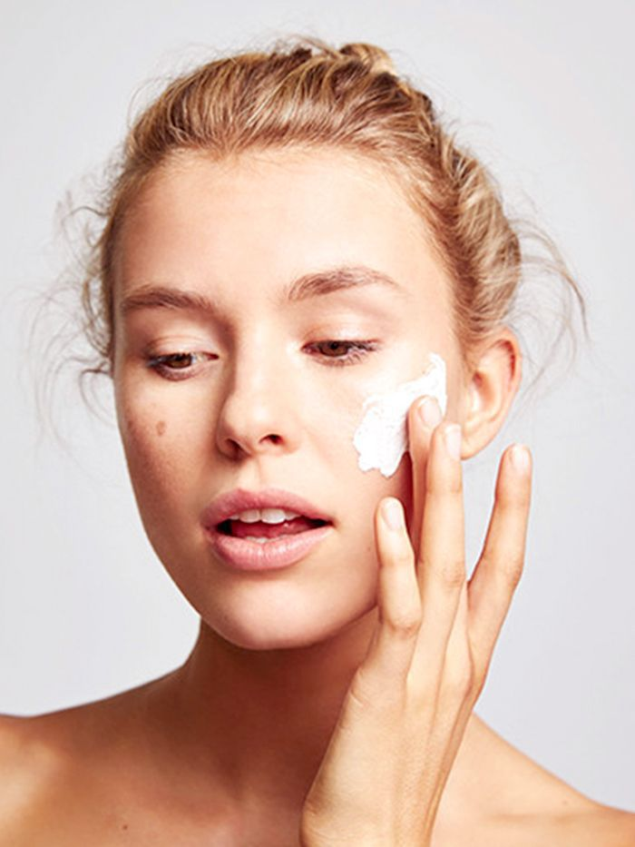Retinol For Skin The Complete Guide