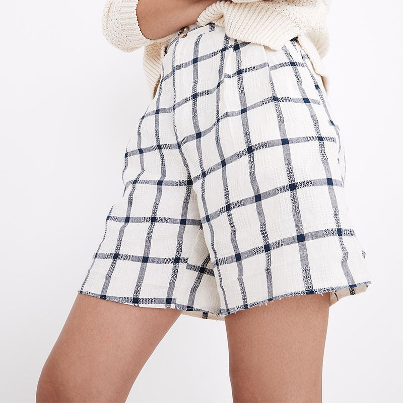 Linen-Cotton Pleated Mid-Length Shorts
