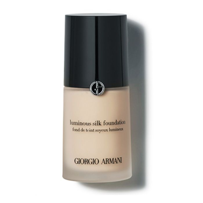 What are freckles: Giorgio Armani Luminous Silk Foundation lets them peek through