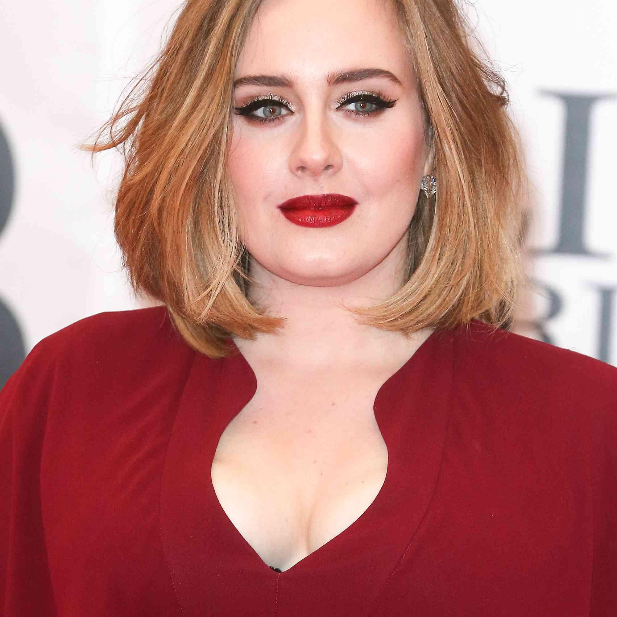 30 Beautiful Examples Of Layered Medium Hair