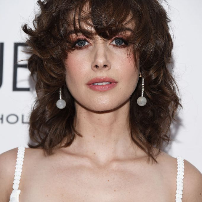 Alison Brie shag with disheveled bangs