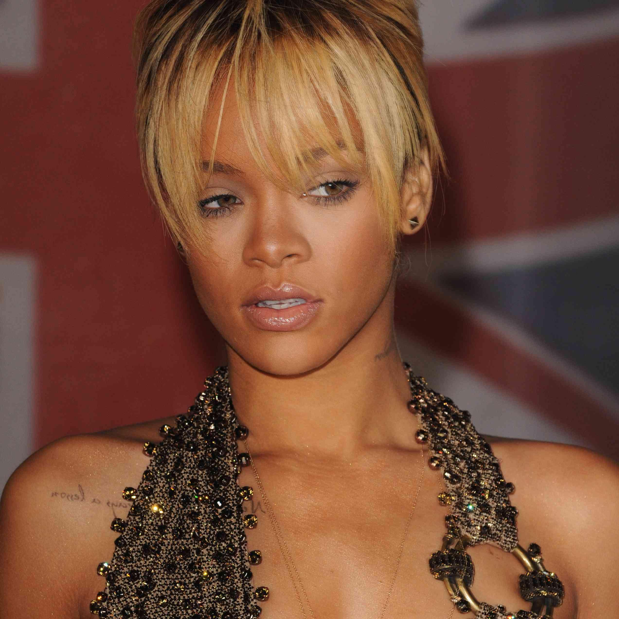 The BRIT Awards 2012 - Arrivals - Rihanna