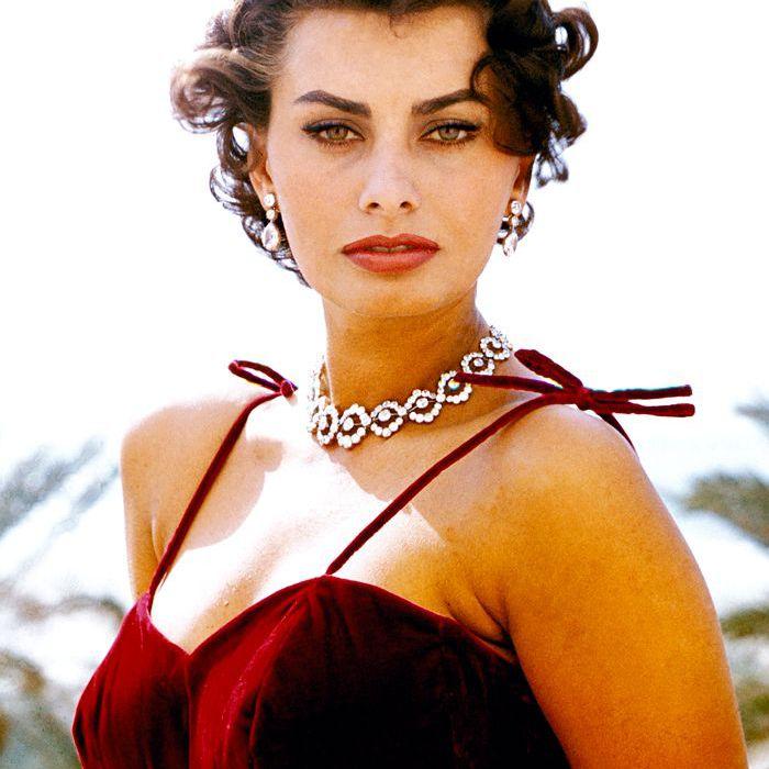 Sophia Loren 60s makeup