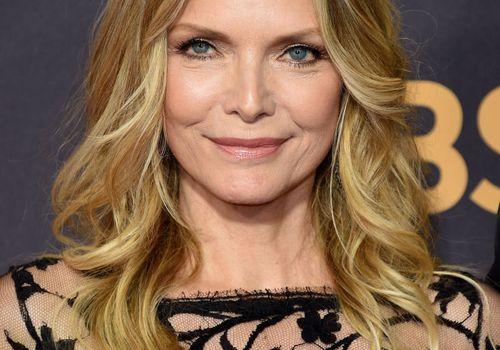Michelle Pfeiffer wavy lob