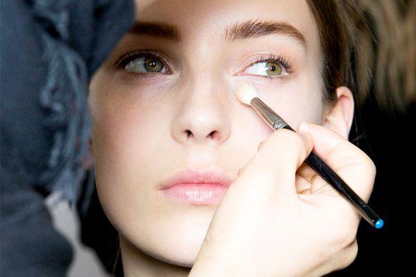 7 Concealer Secrets Makeup Artists Know (That You Don't)