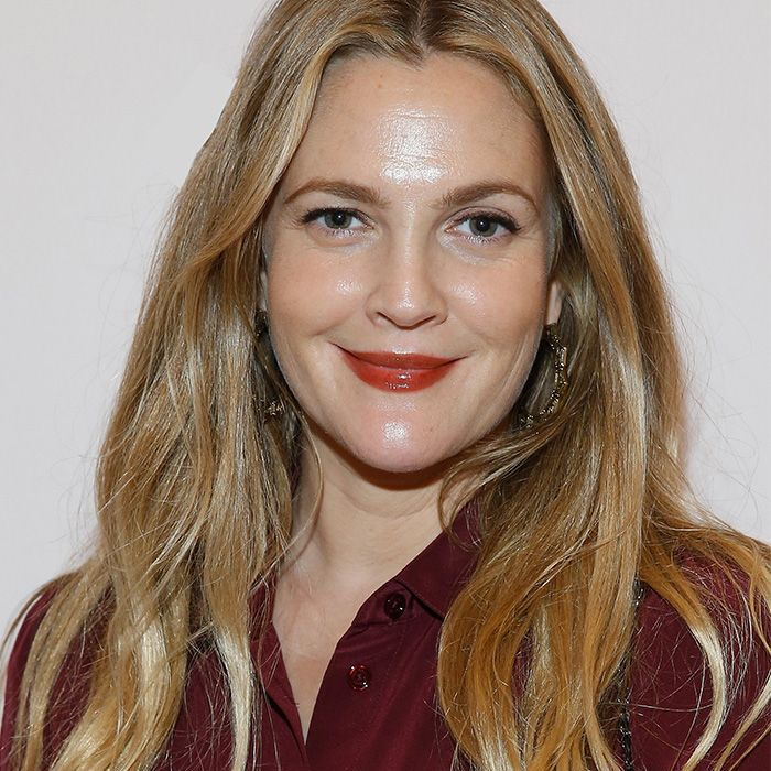 Drew Barrymore wavy hair hack: Drew Barrymore at the