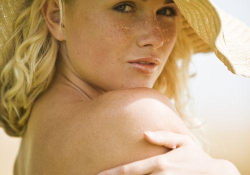 Woman wearing sun hat