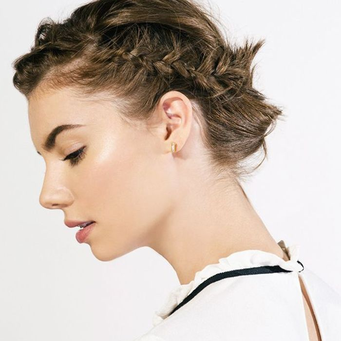 ee3bd4a5fd9 8 Braids That Look Amazing on Short Hair