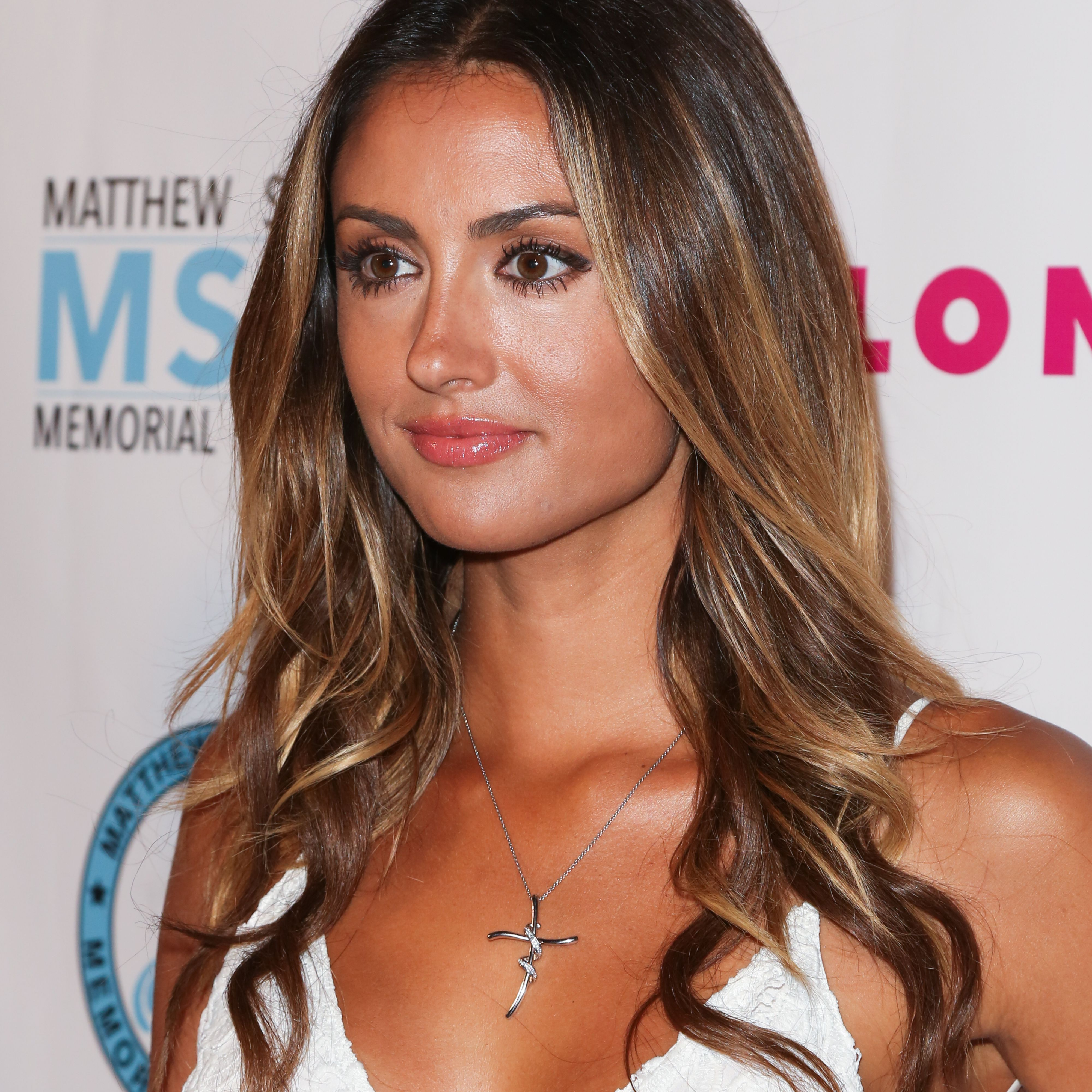 Long Hair Wavy Hairstyles For Women 62