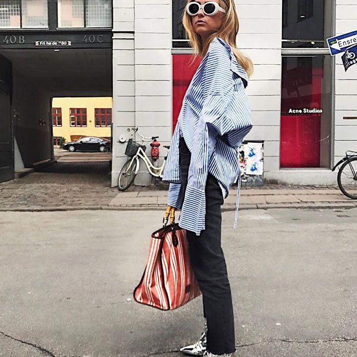 How to Wear Oversized Button-down Shirt