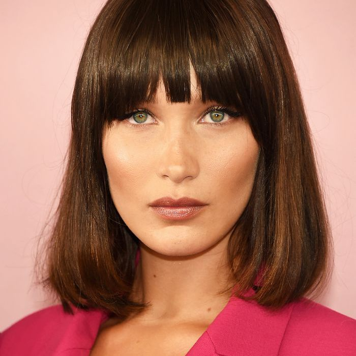 Fringes: Bella Hadid With Smooth Hair and Fringe