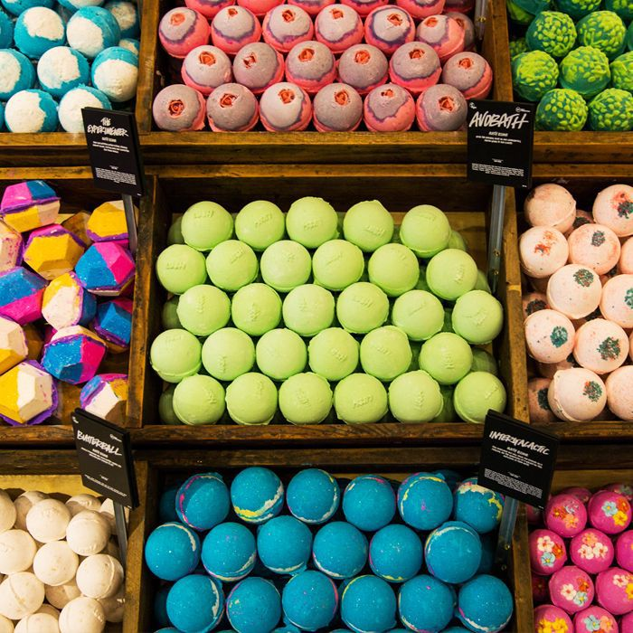 How to Make a Bath Bomb: Lush Bath Bombs