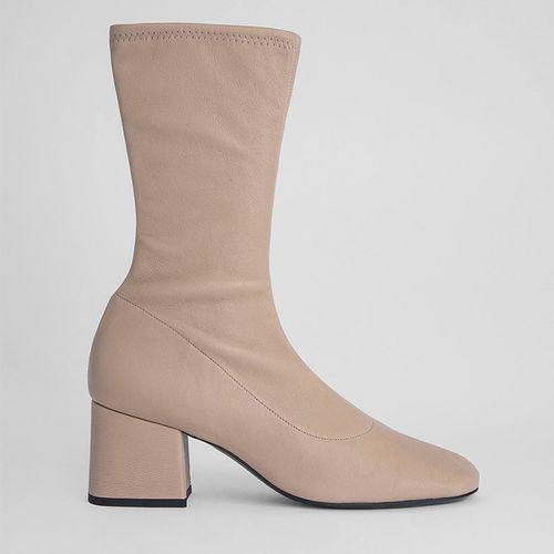 Carlos Boots ($600)