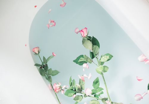 foot detox at home bath with roses