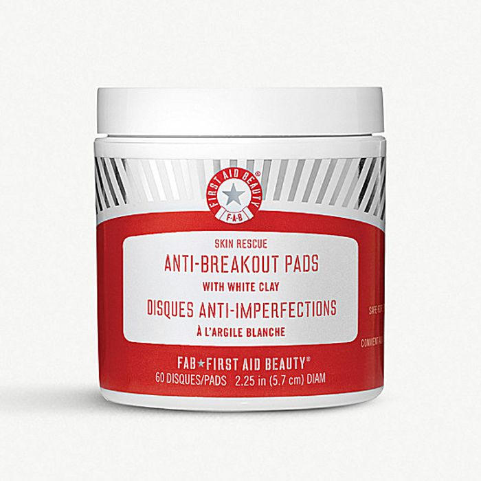 First Aid Beauty Anti-Breakout Pads