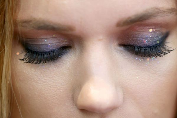 I Tried Diy Eyelash Extensions And Saved So Much Money