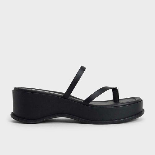Toe Loop Flatform Sandals ($56)