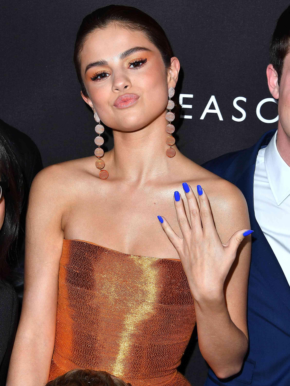 Selena Gomez - Orange Eyeshadow